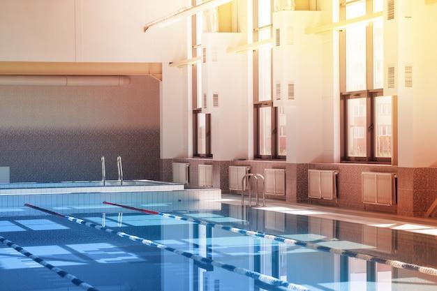 Wnętrze basenu