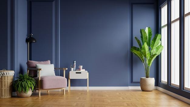 Wnętrze jasnego pokoju z fotelem na pustej ciemnoniebieskiej ścianie, renderowania 3d