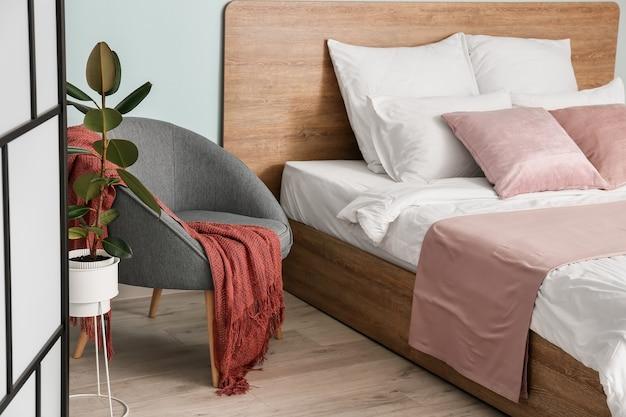 Wnętrze nowoczesnej stylowej sypialni