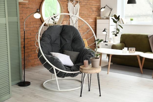 Wnętrze stylowego nowoczesnego salonu