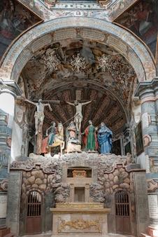 Wnętrze zmienia kościoła, sanktuarium atotonilco, san miguel de allende, guanajuato, meksyk