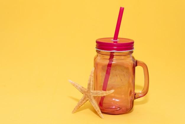 Woda z owocami detox.