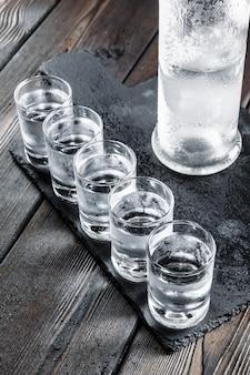 Wódka w kieliszkach