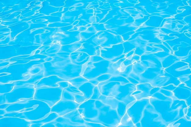 Wodna pływackiego basenu tekstura i woda powierzchniowa na basenie