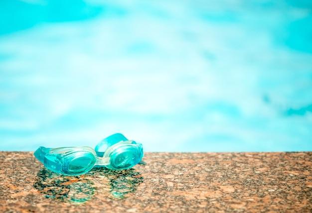 Wodoodporne okulary pływackie dla dzieci