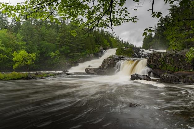 Wodospad w kanadzie