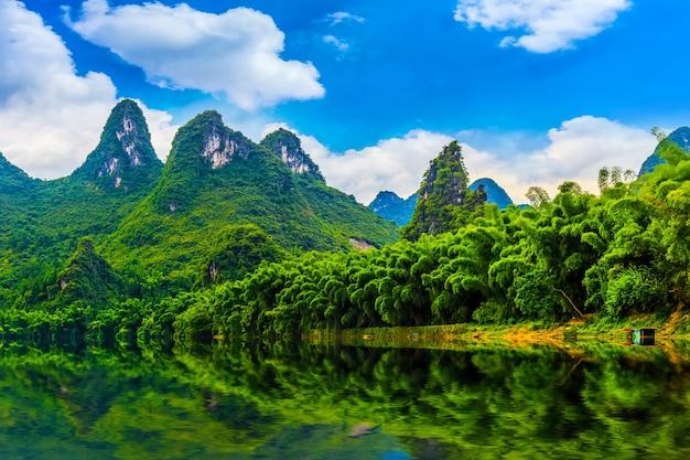 Wody górskich turystyki gór błękitne krajobrazy