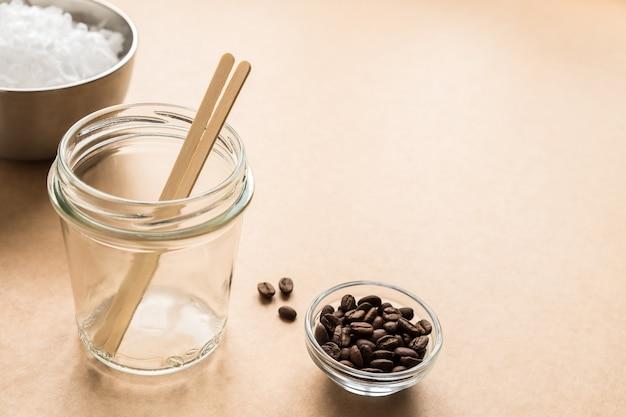 Wosk koncepcyjny diy, knot drewniany, kawa