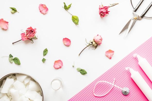 Wosk koncepcyjny diy, knot, suszone róże