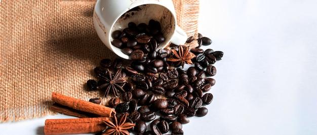 Wróżenie z fusów kawy. selektywne skupienie