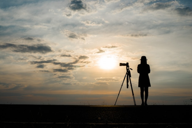 Wschód słońca osoba zmierzch fotografia sundown