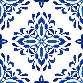 Wspaniały bezszwowe niebieski wzór akwarela orientalne kafelki. turecki ornament. mozaika marokańska. hiszpańska porcelana ceramika , azulejo grafika ludowa.