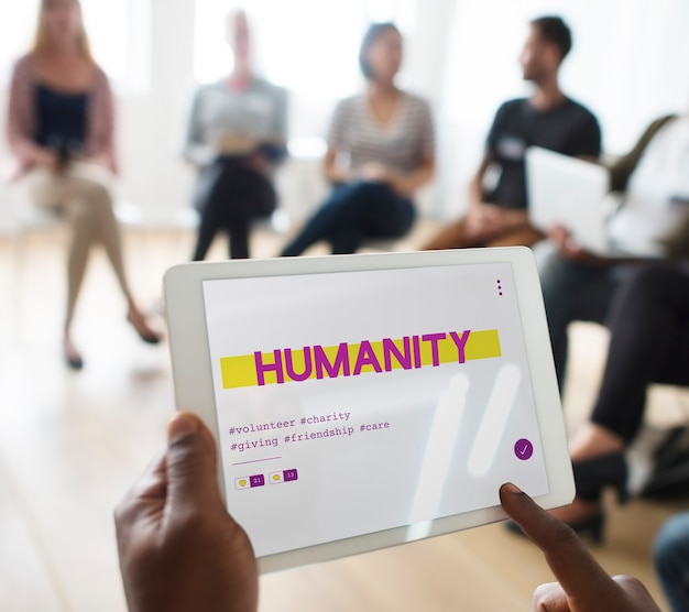Wsparcie wolontariuszy w zakresie darowizn w ramach usług społecznościowych .
