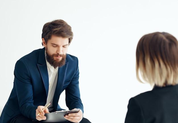 Współpracownicy dokumenty pracy biura komunikacji