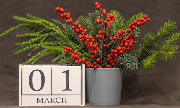 Wspomnienie i ważna data 1 marca, kalendarz biurkowy - sezon wiosenny.
