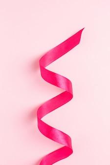 Wstążka prezentowa w kolorze fuksji na różu