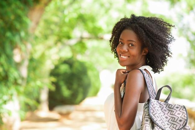 Wszystkiego najlepszego z okazji pretty black girl walking in park