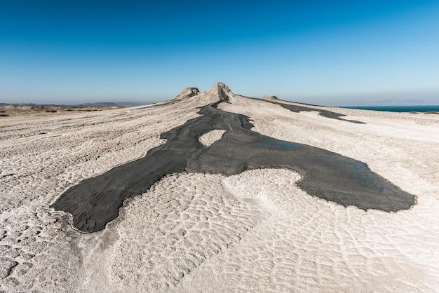 Wulkany błotne to niesamowite zjawisko naturalne