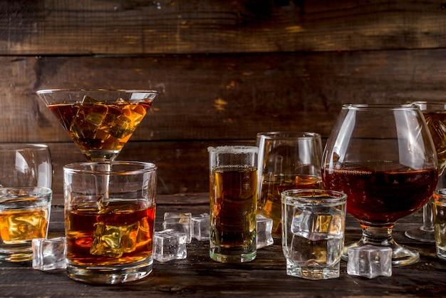 Wybór mocnych mocnych napojów alkoholowych