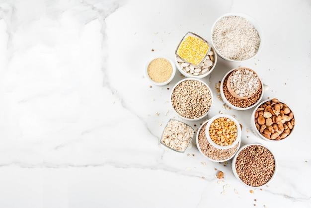Wybór różnych rodzajów ziaren zbóż
