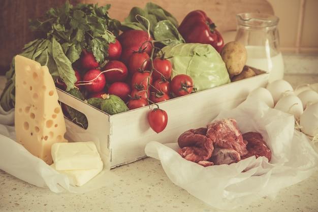 Wybór świeżych produktów z rynku rolników, kopia miejsca, stonowana