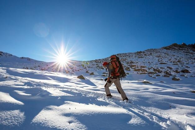 Wycieczka po górach kackar we wschodniej turcji, sezon jesienny.