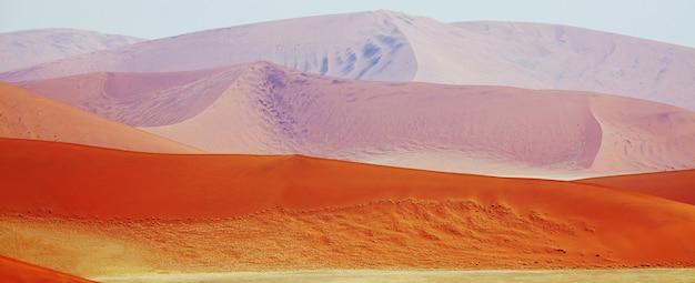 Wydmy i pustynia w namibii w afryce