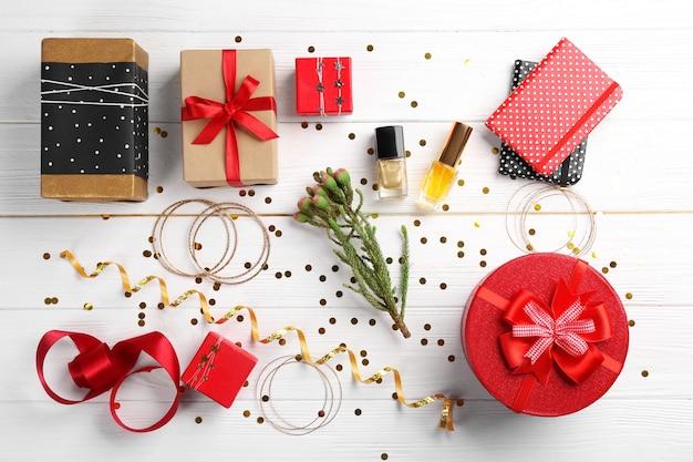 Wykonane świąteczne prezenty na drewnie .