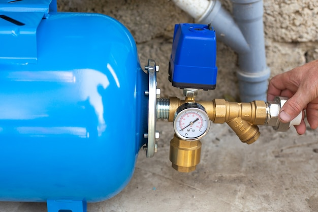 Wykonanie instalacji wodociągowej w budynku mieszkalnym z wykorzystaniem pompowni