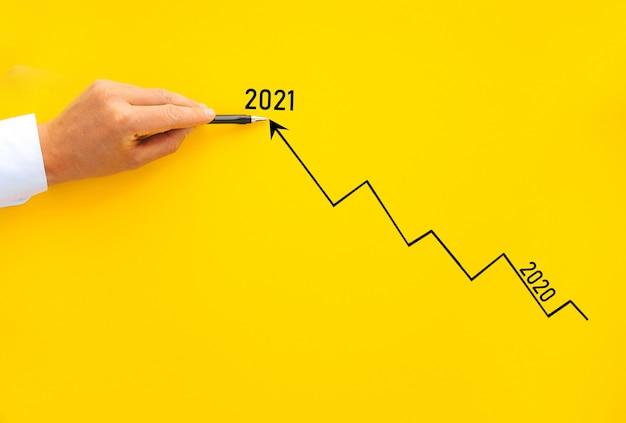 Wykres strzałki wzrostu biznesmena rysunku