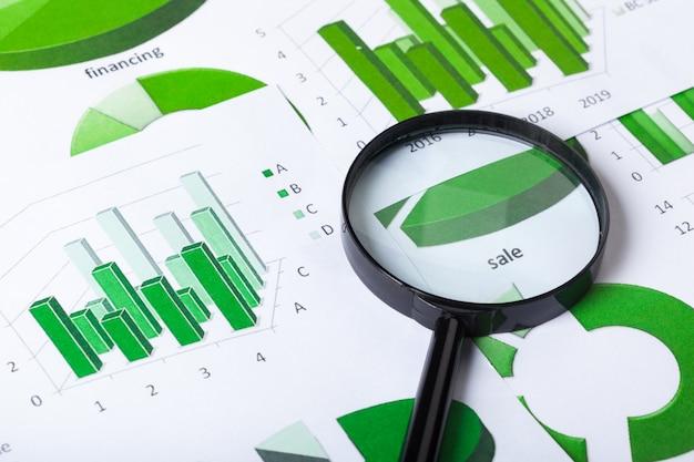 Wykresy biznesowe zielony