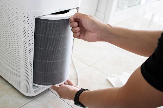 Wymień filtr powietrza wyczyść kurz w pomieszczeniu dla alergików zanieczyszczenie pm2,5