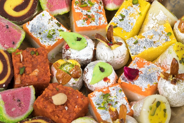 Wymieszaj słodkie jedzenie