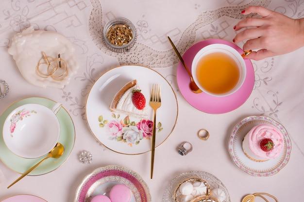 Wyrafinowany asortyment na herbatę