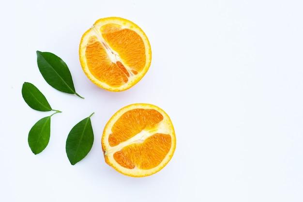 Wysoka witamina c soczyste i słodkie świeże owoce pomarańczy