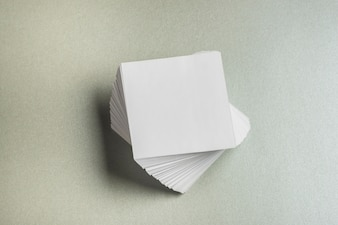Wysoki kąt widzenia ułożone w kształcie kwadratu papieru