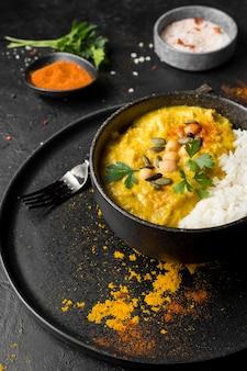 Wysokie kąty pakistańskie jedzenie z ryżem