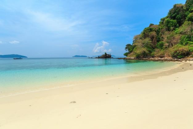 Wyspa bruer, niesamowita wyspa z południa myanmar.