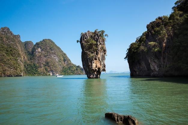 Wyspa jamesa bonda, phangnga, tajlandia