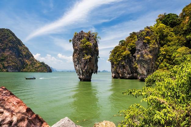 Wyspa jamesa bonda, phangnga