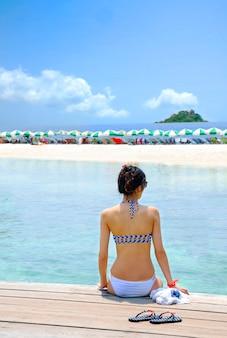 Wyspa koh niebieski ocean morze