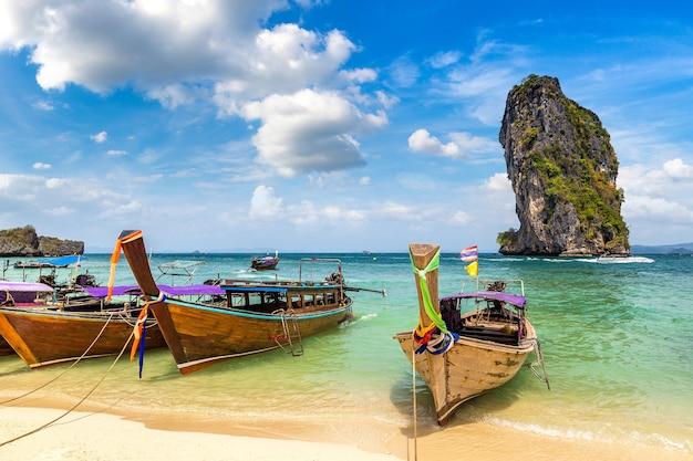 Wyspa poda, tajlandia w słoneczny dzień