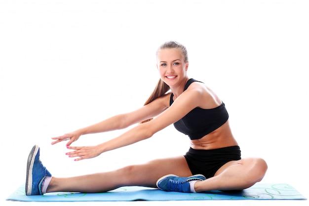 Wysportowana kobieta poćwiczyć