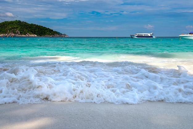 Wyspy similan, prowincja phang nga piękne morze na południu tajlandii,