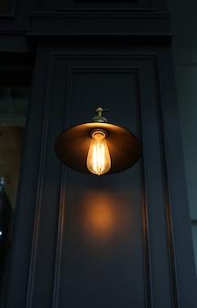 Wystrój oświetlenia w stylu vintage