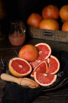 Wytwarzanie świeżo wyciśniętego soku grejpfrutowego