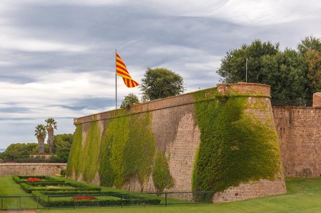 Wzgórze montjuic w barcelonie, katalonia, hiszpania