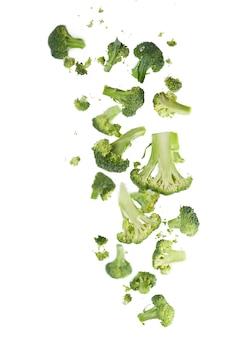 Wzór brokuły na białym tle na białym tle. różne części kwiatu brokułów.