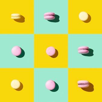Wzór kolorowych francuskich macarons