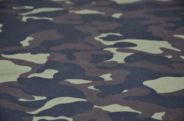 Wzór tkaniny z wojskowego materiału kamuflażowego